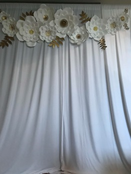 White and gold paper flower photo backdrop