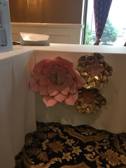 Paper flower gift table