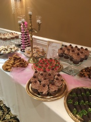 Chicago sweets table